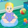Cura del bambino ragazzo gioco